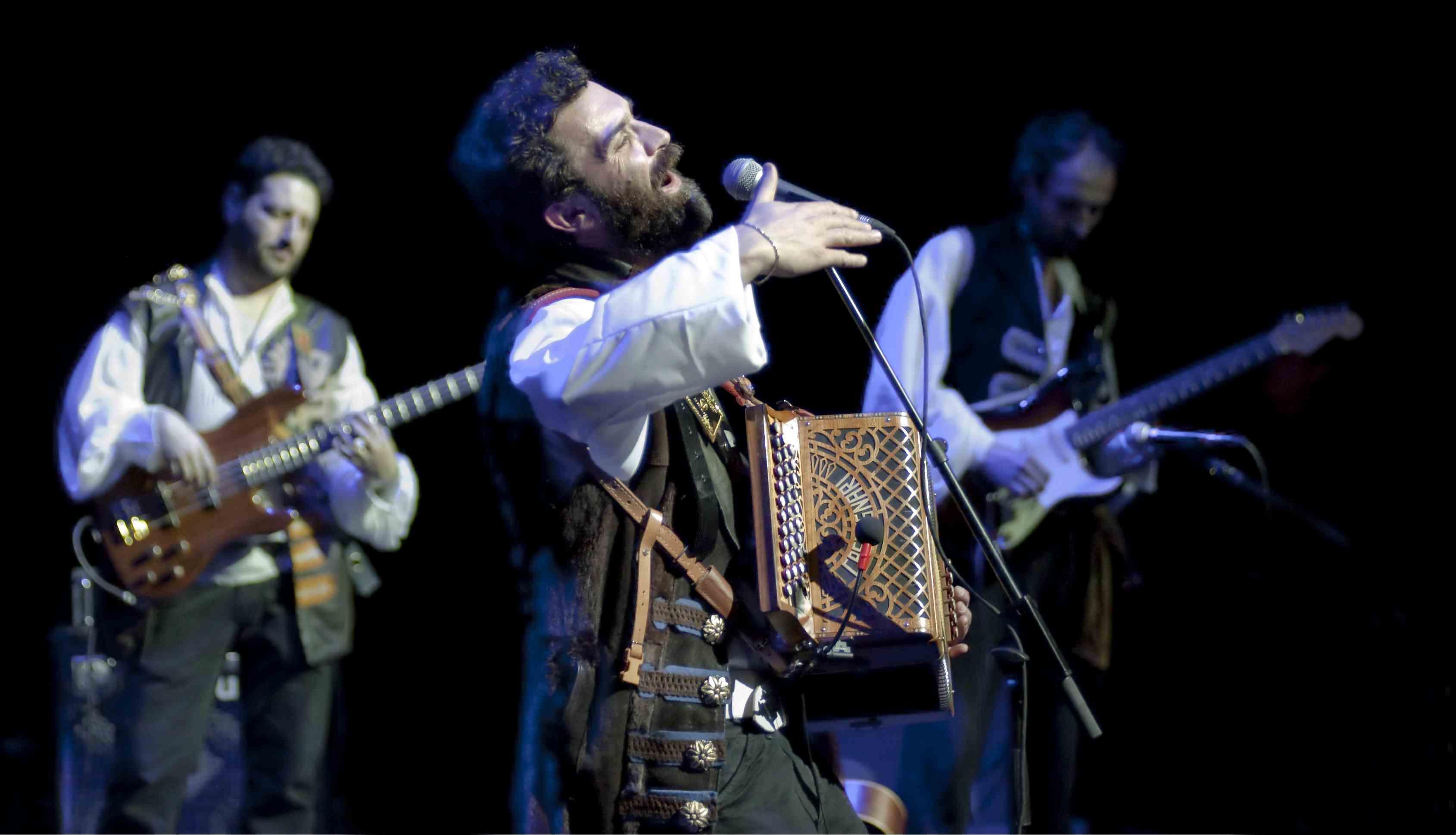 Cantante Bandadriatica-auditorium Roma Claudio Prima